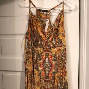 NWT maxi dress size large with 2 slits in legs